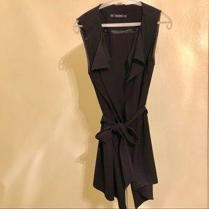 🌹Zara Black Belted Vest